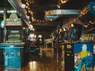 The Thrills of Slots and Arcade Games